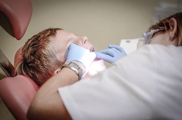 clinica dental las fuentes